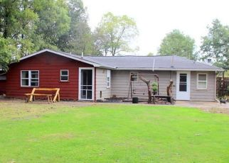 Pre Foreclosure in Jonesville 49250 MOSCOW RD - Property ID: 1712809152