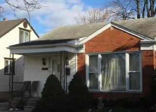 Pre Foreclosure in Lincoln Park 48146 LAFAYETTE BLVD - Property ID: 1713737216