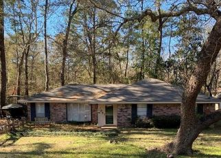 Pre Foreclosure in Montgomery 77316 DOGWOOD TRL - Property ID: 1713824383