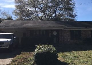 Pre Foreclosure in Memphis 38109 WESTERN PARK DR - Property ID: 1713852858