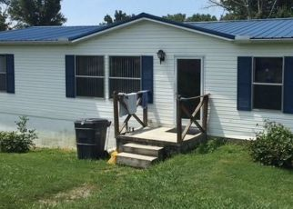 Pre Foreclosure in White Pine 37890 OLD AIRPORT RD - Property ID: 1713864683