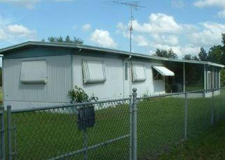 Pre Foreclosure in Interlachen 32148 BONNIE AVE - Property ID: 1713990819