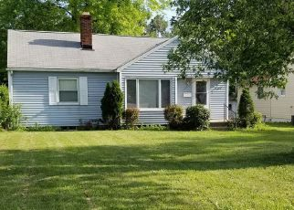 Pre Foreclosure in Indianapolis 46218 E 21ST ST - Property ID: 1714217691