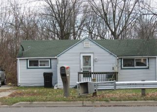 Pre Foreclosure in Jackson 49202 LANSING AVE - Property ID: 1714332881