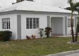 Pre Foreclosure in Miami 33127 NW 41ST ST - Property ID: 1714460766