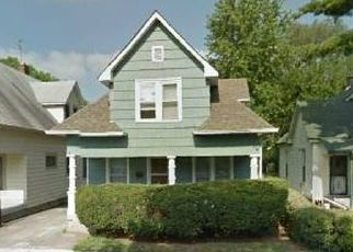 Pre Foreclosure in Indianapolis 46222 HAUGH ST - Property ID: 1714612743