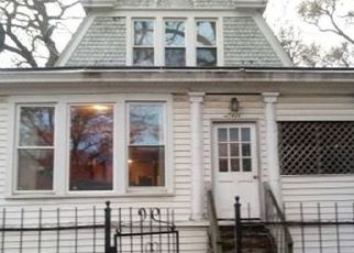 Pre Foreclosure in Chicago 60649 S YATES BLVD - Property ID: 1714636835