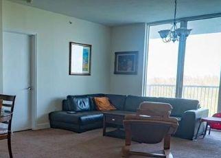 Pre Foreclosure in Miami 33181 ROYAL OAKS LN - Property ID: 1715178599