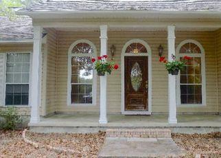 Pre Foreclosure in Live Oak 32060 145TH RD - Property ID: 1715261376