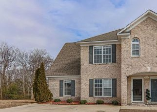 Pre Foreclosure in Greenville 27834 CAMBRIA DR - Property ID: 1715403274