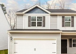 Pre Foreclosure in Charlotte 28214 PAW VILLAGE RD - Property ID: 1715518915
