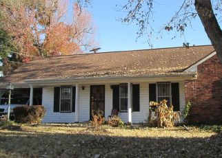 Pre Foreclosure in Memphis 38127 MOUNTAIN TERRACE ST - Property ID: 1715672185