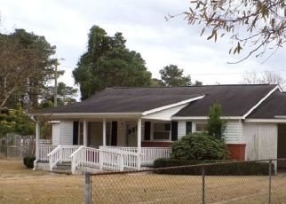 Pre Foreclosure in Fayetteville 28306 STERLING ST - Property ID: 1715817152