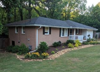 Pre Foreclosure in Mableton 30126 RIDGE DR SE - Property ID: 1717690377