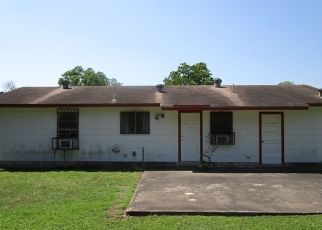 Pre Foreclosure in San Antonio 78221 YUKON BLVD - Property ID: 1718057400