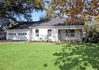 Pre Foreclosure in Baytown 77520 HIGH ST - Property ID: 1718095504
