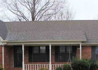 Pre Foreclosure in Lexington 38351 NEW RENFROE ST - Property ID: 1718488815