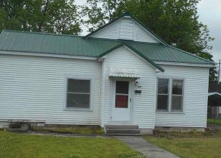 Pre Foreclosure in Tiptonville 38079 POPLAR ST - Property ID: 1718493629