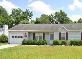 Pre Foreclosure in Jacksonville 28540 STELLER RD - Property ID: 1718689393