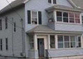 Pre Foreclosure in Meriden 06451 MOUNT PLEASANT ST - Property ID: 1718836557