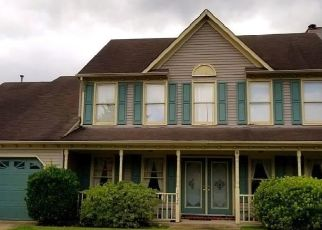 Pre Foreclosure in Virginia Beach 23453 CHESTWOOD DR - Property ID: 1718897887