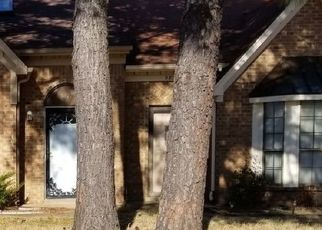 Pre Foreclosure in Memphis 38141 GRASSY VALLEY DR - Property ID: 1719518930