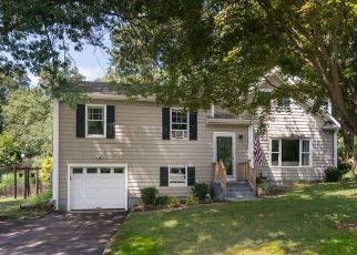 Pre Foreclosure in Stamford 06905 ALPINE ST - Property ID: 1719657765
