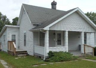 Pre Foreclosure in Muncie 47302 E 16TH ST - Property ID: 1719693227