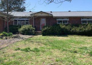 Pre Foreclosure in Poplar Bluff 63901 COUNTY ROAD 4881 - Property ID: 1719740533