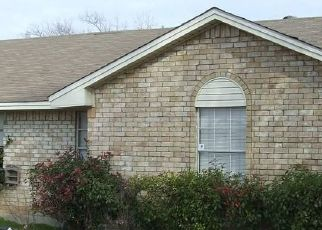 Pre Foreclosure in Red Oak 75154 JENKINS LN - Property ID: 1720106236