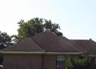 Pre Foreclosure in Memphis 38141 QUAIL COVEY DR - Property ID: 1720178511
