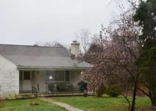Pre Foreclosure in Phoenixville 19460 HOLLOW RD - Property ID: 1720726861