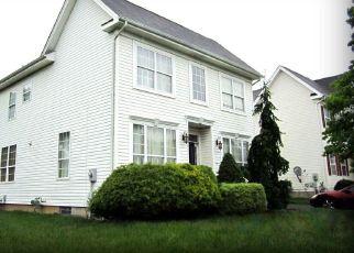 Pre Foreclosure in North Brunswick 08902 TIMBER RIDGE RD - Property ID: 1720751826