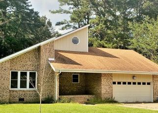 Pre Foreclosure in Elizabeth City 27909 REEDY CREEK DR - Property ID: 1721150824