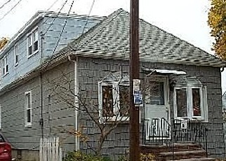 Pre Foreclosure in Elmont 11003 BENSON AVE - Property ID: 1721274763