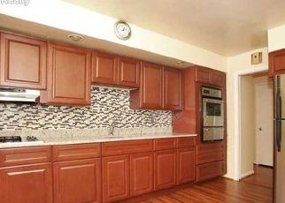 Pre Foreclosure in Township Of Washington 07676 RIDGEWOOD BLVD N - Property ID: 1721352275