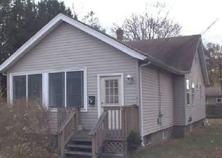 Pre Foreclosure in Milford 06460 NAUGATUCK AVE - Property ID: 1721410982
