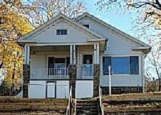 Pre Foreclosure in Meriden 06451 BRADLEY AVE - Property ID: 1721411851