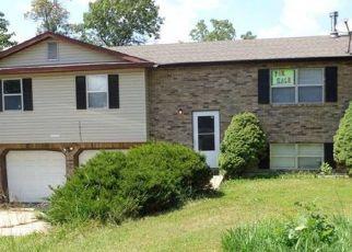 Pre Foreclosure in Saint Robert 65584 TAMPA RD - Property ID: 1721548938
