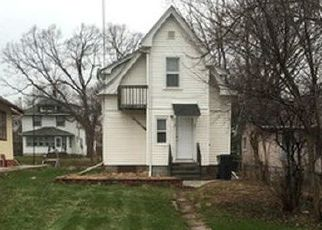 Pre Foreclosure in Minneapolis 55412 LYNDALE AVE N - Property ID: 1721593606