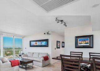Pre Foreclosure in Miami Beach 33140 COLLINS AVE - Property ID: 1721691264