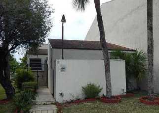 Pre Foreclosure in Miami 33172 FONTAINEBLEAU BLVD - Property ID: 1721712291