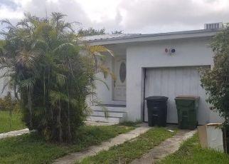 Pre Foreclosure in Miami 33161 NE 134TH ST - Property ID: 1721755212