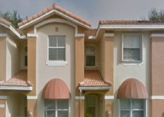 Pre Foreclosure in Miami 33183 SW 62ND TER - Property ID: 1721773157