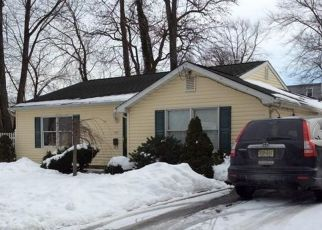 Pre Foreclosure in Keyport 07735 GREENWOOD DR - Property ID: 1721883996