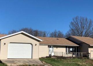 Pre Foreclosure in Bedford 47421 TRINTON CIR - Property ID: 1722094648