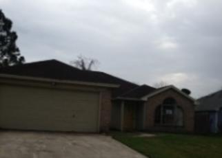 Pre Foreclosure in Jacksonville 32224 PABLO WOODS DR - Property ID: 1722248817