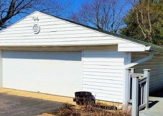 Pre Foreclosure in Clayton 46118 LAFAYETTE ST - Property ID: 1722296103