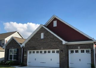 Pre Foreclosure in Avon 46123 THATCHER LN - Property ID: 1722304433