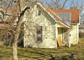 Pre Foreclosure in Indianapolis 46222 N TREMONT ST - Property ID: 1722311443